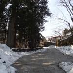 日光-日光東照宮の裏口を登る