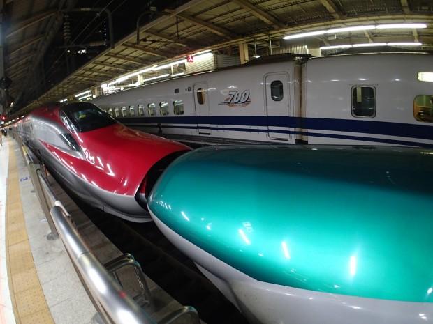 秋田新幹線こまちと合体
